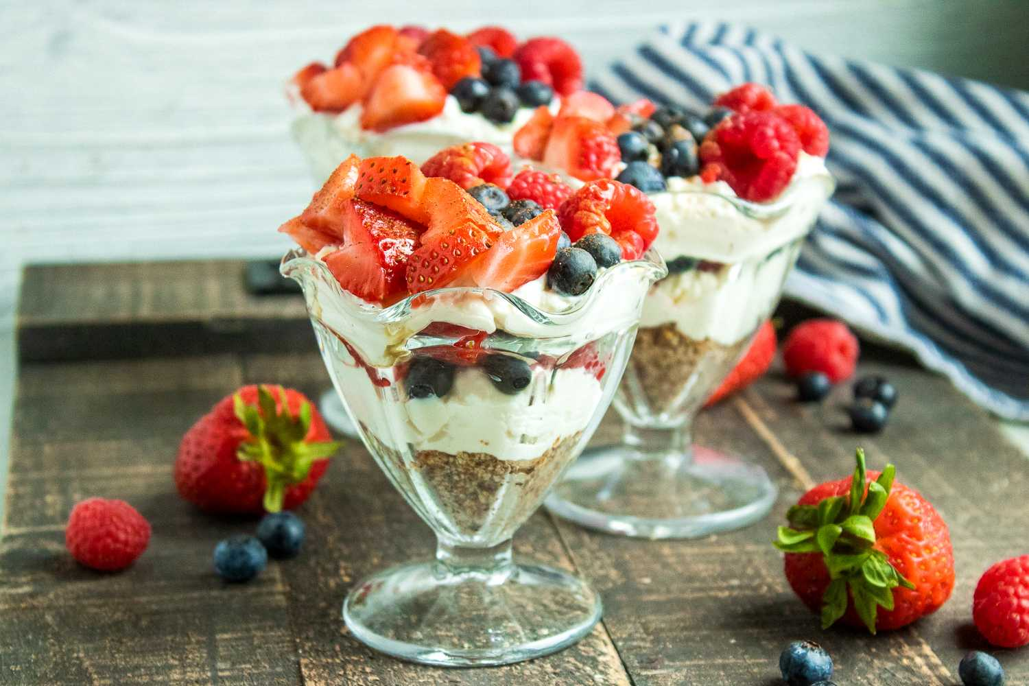 MyWW Berry Cheesecake Parfaits