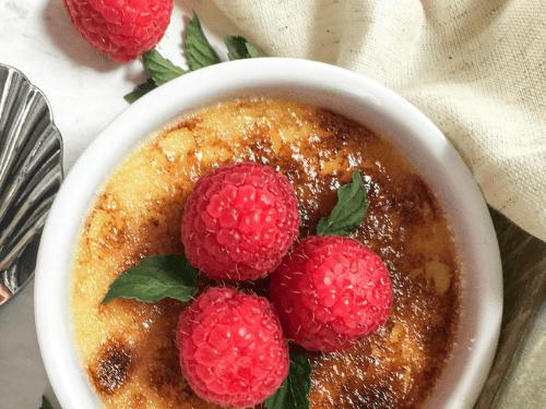 Broiled Crème Brûlée: A Healthy & Delicious Dessert
